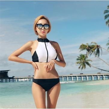 SM-V1-398 ชุดว่ายน้ำ เสื้อกล้ามซิปหน้า กางเกงบิกินี่สีดำ