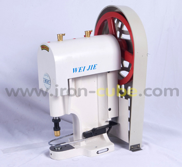 เครื่องตอกกระดุม รุ่น WJ808 ยี่ห้อ WEIJIE ระบบมอเตอร์ไฟฟ้า