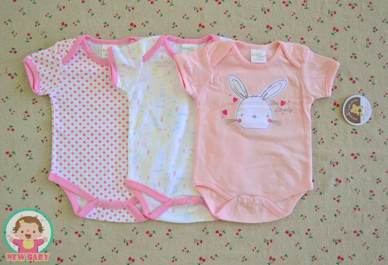 ไซส์ 6-9 เดือน บอดี้สูทเด็ก ลายกระต่ายชมพู แพ็ค 3 ตัว