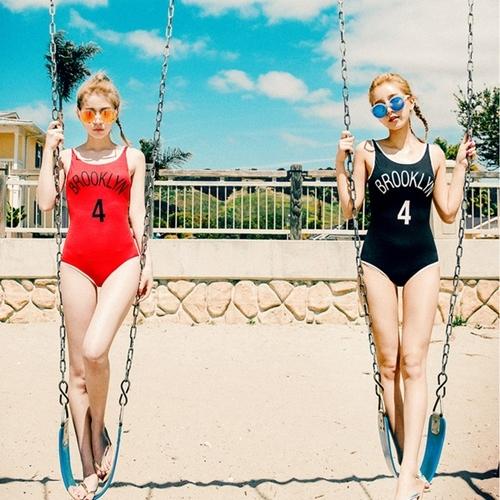 SM-V1-646 ชุดว่ายน้ำวันพีชเสื้อกล้าม สีดำ BROOKLYN_4
