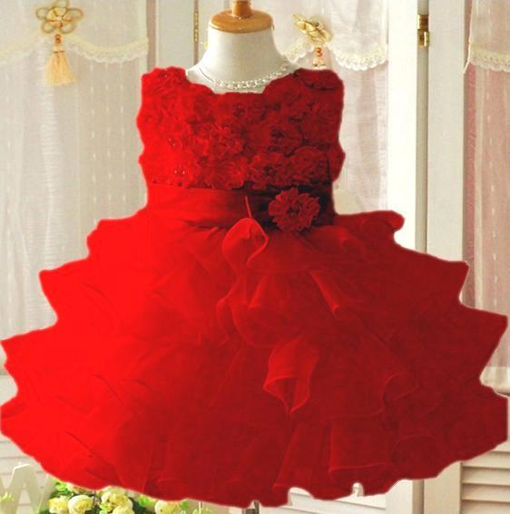 GD029 ชุดเดรสสีแดงสดใส เสื้อประดับดอกไม้ กระโปรงระบาย 4 ชั้น