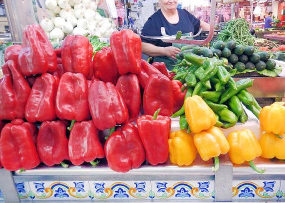 พริกหวานแดงยักษ์ - Quadrato D'Asti Rosso Pepper