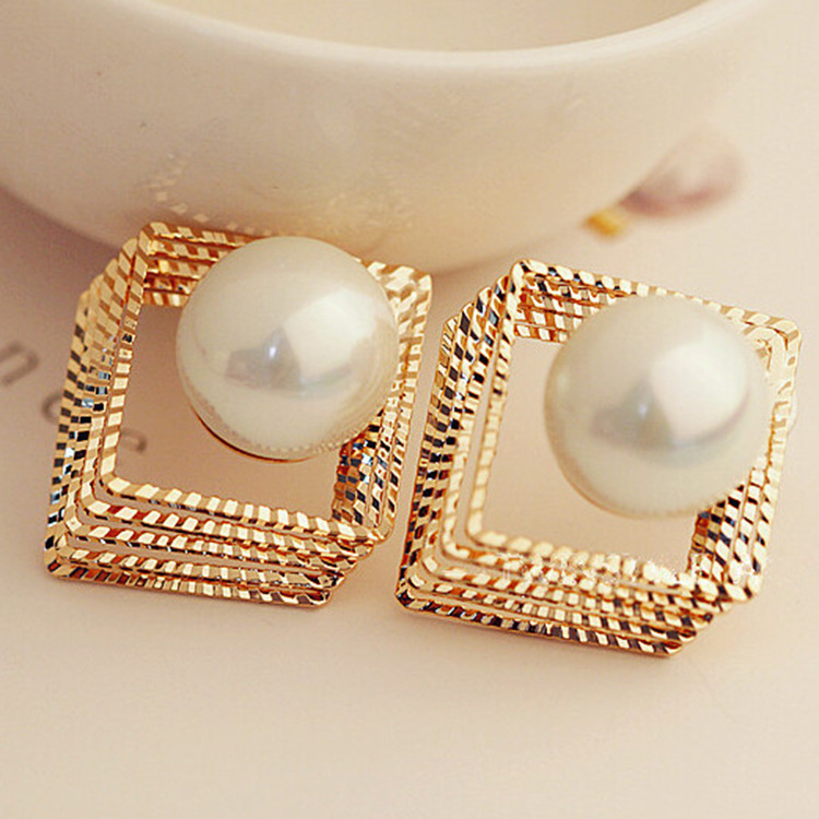 Square of Pear Earring