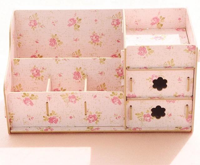 กล่องใส่ของจุกจิก กล่องจัดระเบียบเครื่องสำอาง ของใช้ส่วนตัว Box 006
