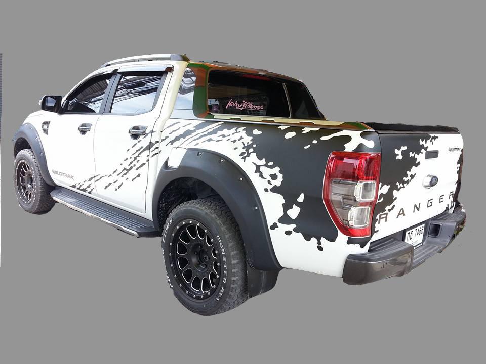 สติ๊กเกอร์แต่งลายรถ New Ranger จำนวน 3 ด้าน (2015-ขึ่นไป)