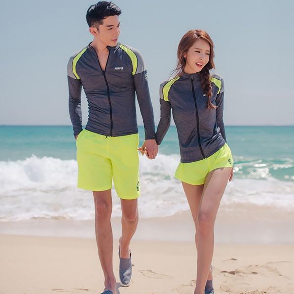ชุดว่ายน้ำแขนยาว สีเทา กางเกงเขียวสะท้อนแสง (เซ็ต 4 ชิ้น)