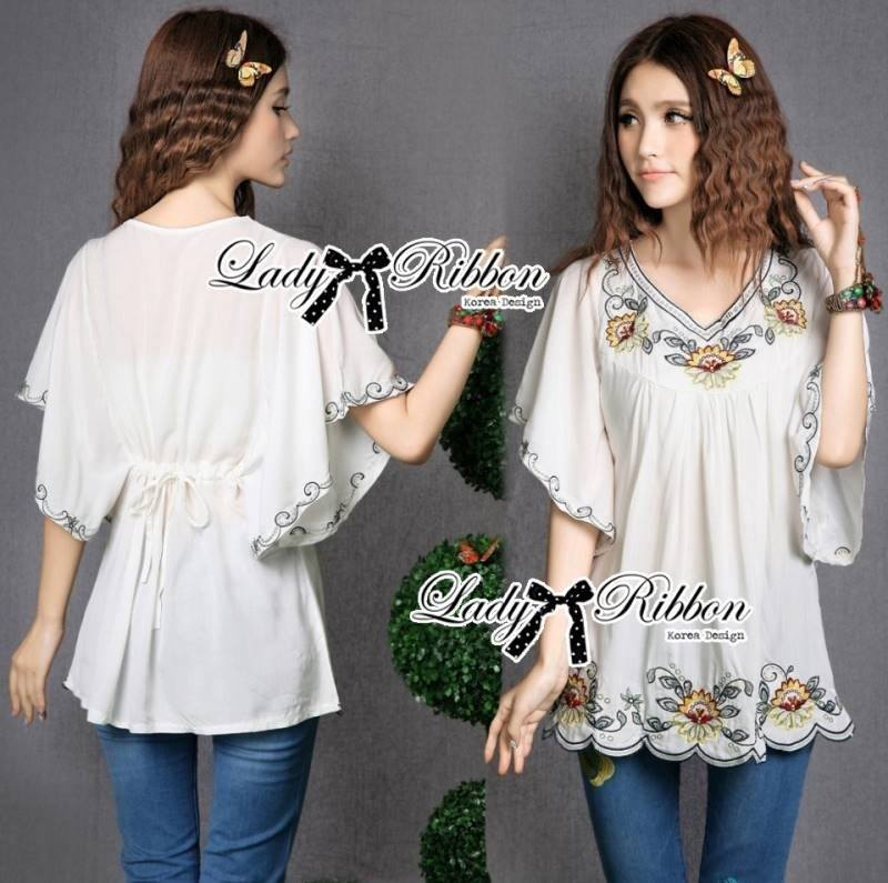 Lady Emily Country Flower Embroidered Kaftan Blouse L148-49A01