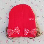 หมวกเด็กไหมพรมผู้หญิง แต่งโบว์ มีปอยผม สีแดง
