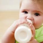 วิธีป้องกันลูกติดขวดนม