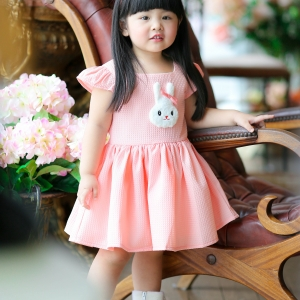 Rabbit Dress ชุดเดรสเด็กสีโอรส