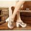 รองเท้าส้นสูงสไตล์เกาหลีลุคลำลองๆด้านหน้าประดับคริสตัลบนพลาสติกใสนิ่ม thumbnail 4