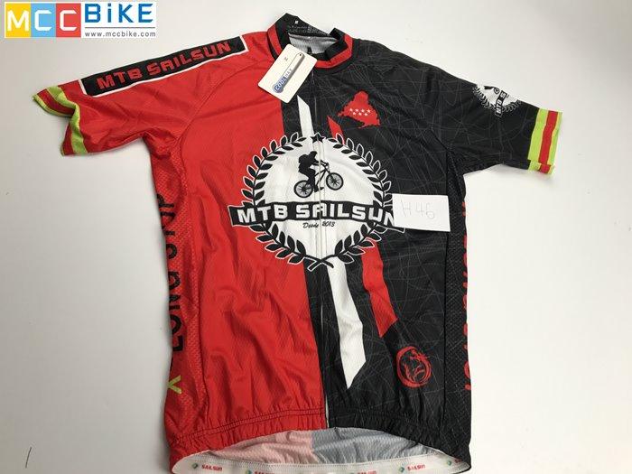 เสื้อปั่นจักรยาน ขนาด M ลดราคา รหัส H46 ราคา 370 ส่งฟรี EMS