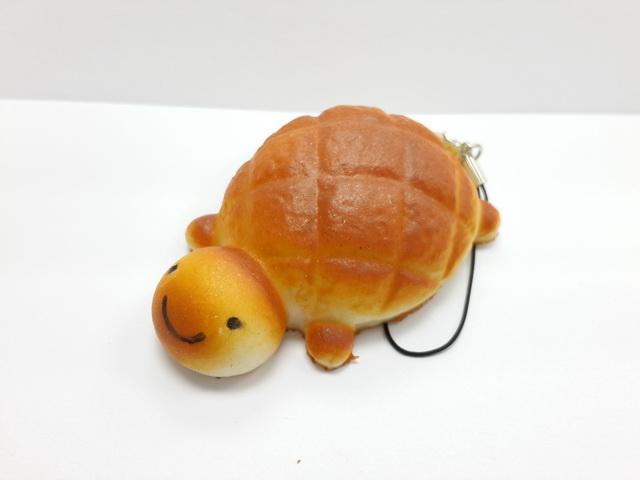 C679 สกุชชี่ เต่าน้อยสีขนมปัง (SOFT) ขนาด 6 cm กลิ่นขนม