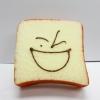 C826 สกุชี่ ขนมปัง (SUPER SOFT) ขนาด 7 cm มีกลื่นขนม