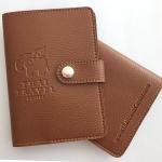 ตัวอย่างงานลูกค้าสั่งผลิตของพรีเมี่ยม ของขวัญ ของชำร่วย และประทับโลโก้ สินค้า The Signature Passport Holder