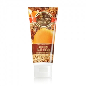Bath & Body Works Nourishing Hand Cream กลิ่น Sweet Cinnamon Pumpkin 59ml.