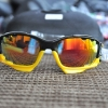 แว่นตาปั่นจักรยาน Oakley Jawbone ดำ-เหลือง