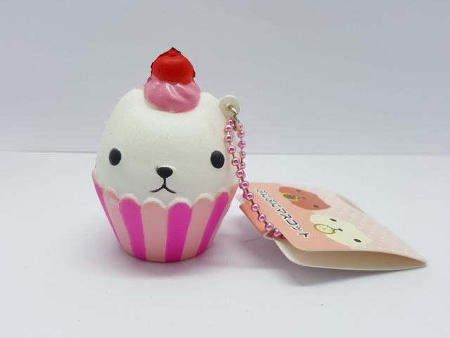 CA616 สกุชชี่ kapibarasan CUP CAKE (SUPER SOFT) 6 cm
