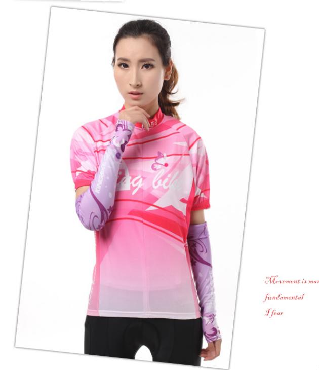 ชุดปั่นจักรยานผู้หญิง สีชมพู เสื้อสั้น กางเกง 3 ส่วน