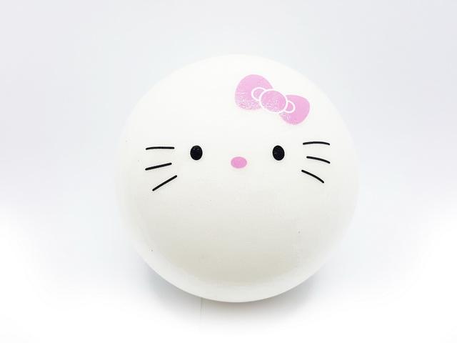 Ca595 สกุชชี่ Hello kitty Bun ( Super Soft) ขนาด 10 cm มีกลิ่นขนม